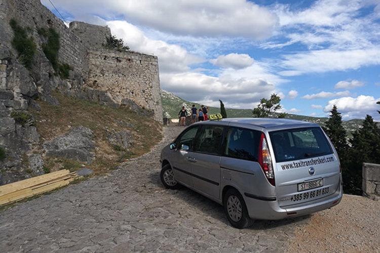 Taxi transfers Škeri