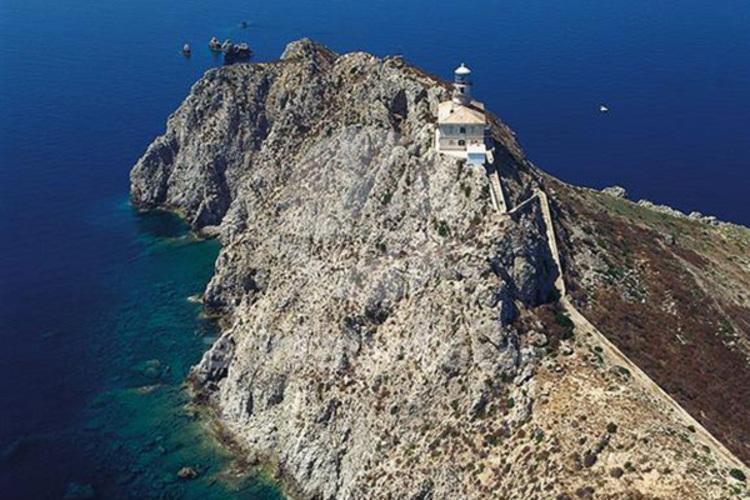 Honeymoon Lighthouses in Croatia for newlyweds